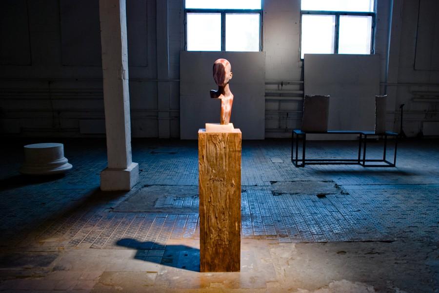 Анна Титова, Ритуалы сопротивления, вид экспозиции, Проект_Fabrika, Москва, 2013