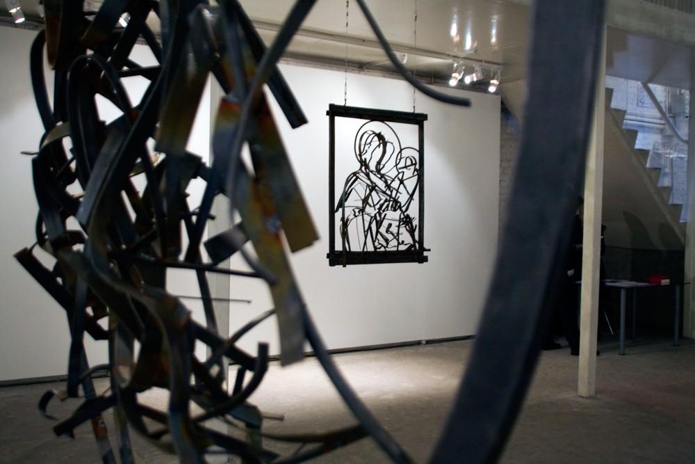 Фрагмент выставки Дмитрия Гутова Icon в Галерее Марата Гельмана, Москва, 2012 // Фото: Ольга Данилкина