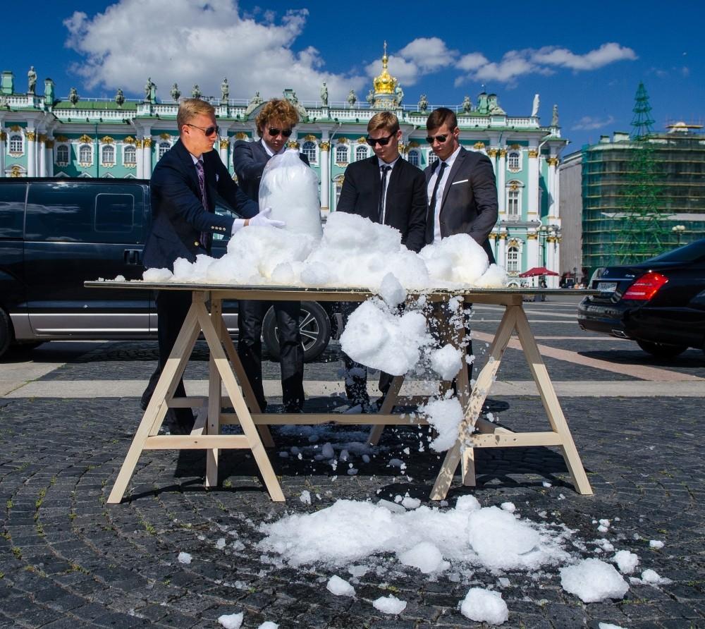 Павел Браила, Холодная живопись, 2014 // Фото: МАНИФЕСТА 10/ Рустам Загидуллин