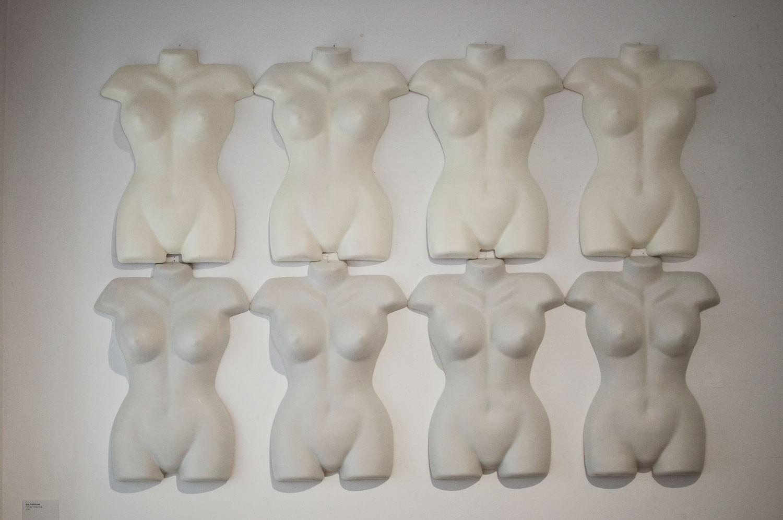 Работа Анны Курбатовой на выставке «Девочки пришли». Воронеж, ВЦСИ, 2015
