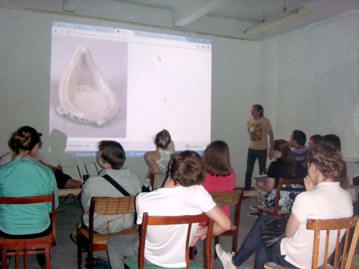 Первая лекция в КИСИ // Мастерская группировки ЗИП на заводе ЗИП, Краснодар, 2010
