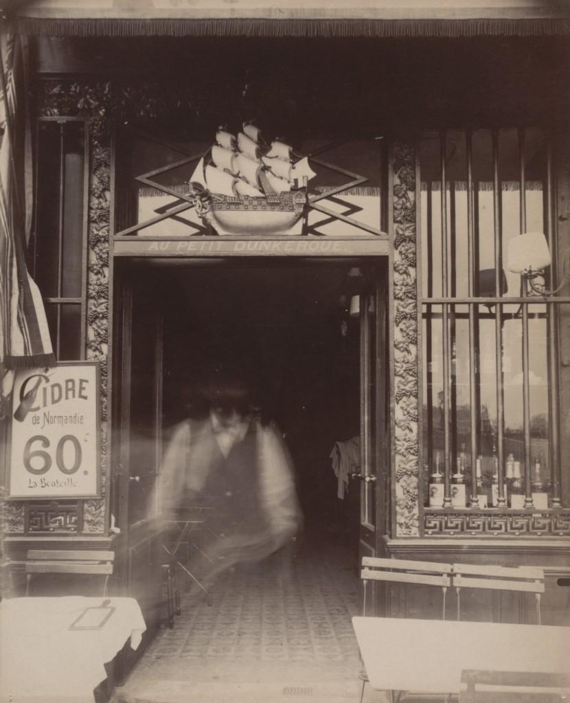 Au Petit Dunkerque, 3 quai Conti, 1900