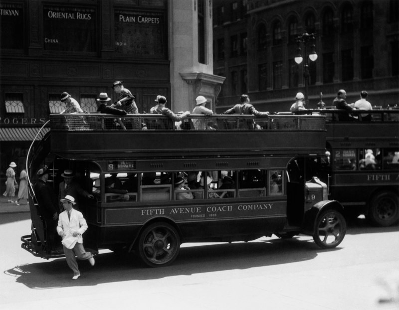 Fifth Avenue Coach Company, New York, 1932