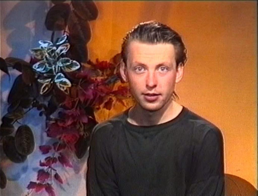 Пётр Дзогаба в качестве ведущего на КТВ «Юг России». 1990