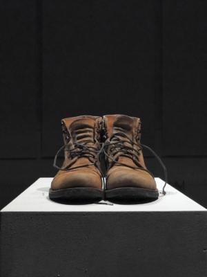 Группа Rabota (Марика Красина, Антон Кривуля), «Любое № 1», 2020. Вид инсталляции в музее Серлахиус в Мянття, Финляндия в феврале 2020.