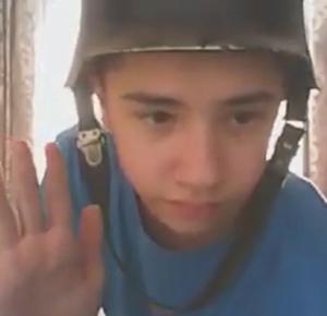 Алексей Минько, «Всем, кто с села, посвящается», 2016. Кадр из видео.